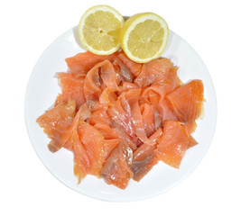 Ración de salmón en lonchas.