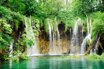 Wodospad w parku narodowym Plitwickie, Chorwacja