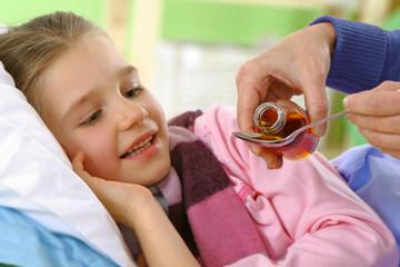 Sirop - Soigner le mal de gorge chez l'enfant