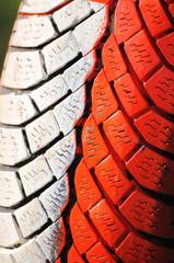 Reifen - Absperrung - Rennen