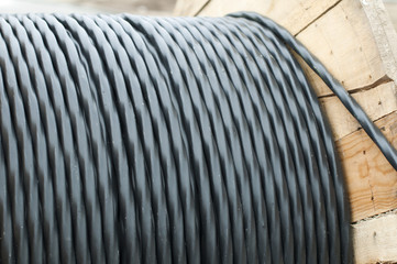 High voltage underground cables