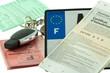 clés, permis, immatriculation, assurance, plaque
