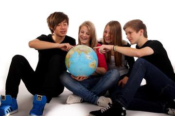 201111 globus gruppe teenager