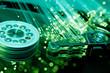 hard disk con fibre ottiche verdi