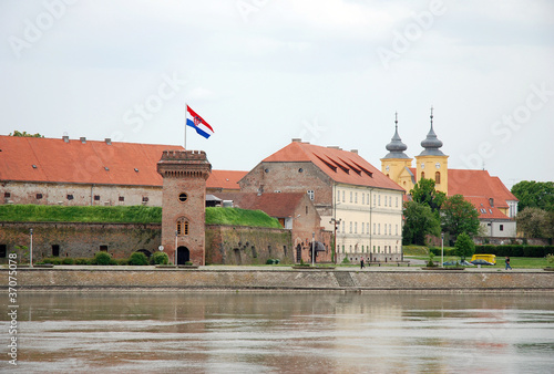 Altstadtfestung Osijek - 37075078
