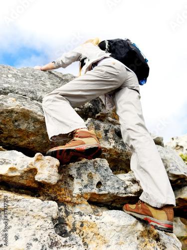 extreme explorer climbing