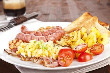English breakfast, rustic style.