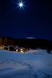 Fototapety Chalet con luna piena