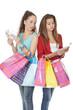 Ados comptant  l'argent pour faire du shopping