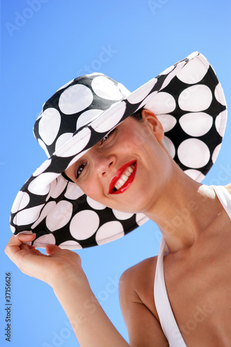 Sophisticated woman with hat