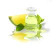 Aromatherapie - duftendes Massageöl mit Limette und Minze