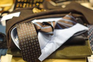 Caravatta - abbigliamento classico elegante