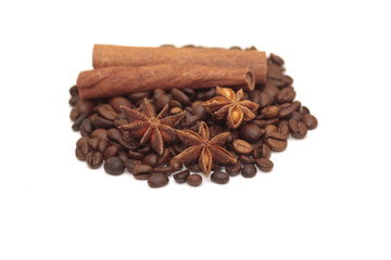 badiane, café et cannelle
