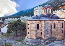 Eglise dans la Grande Lavra du Mont Athos