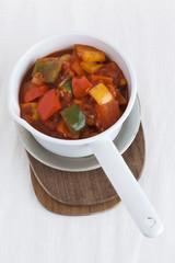 Paprika mit Tomatensauce