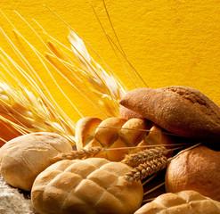 Pane e spighe di cereali