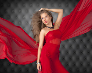 Beautitul woman in red