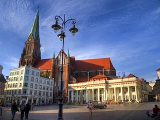 Schwerin Marktplatz mit Dom