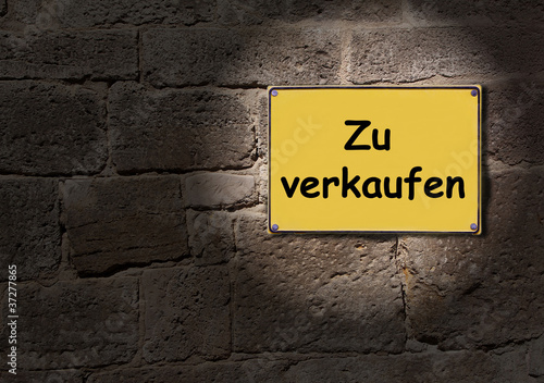 gelbes schild zu verkaufen von twystydigi lizenzfreies foto 37277865 auf. Black Bedroom Furniture Sets. Home Design Ideas