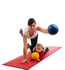 30.11.11 Gymnastik für den Rücken - Mutter mit Kind