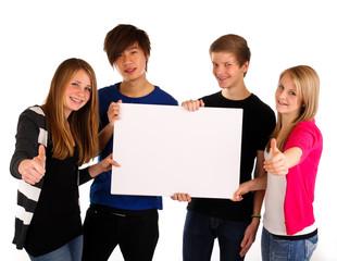 19.11.11 Teenager mit weißem Schild