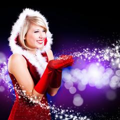 Weihnachtsfrau vor blauem Hintergrund