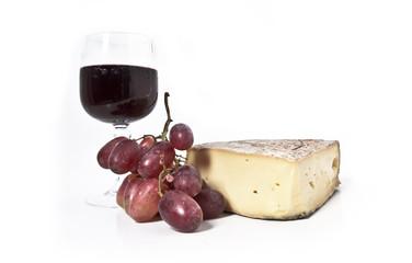 Saint-Nectaire et vin rouge
