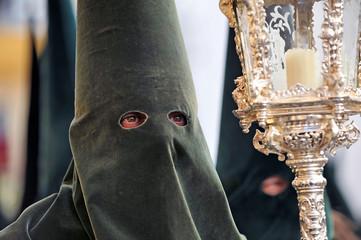 Semana Santa en España, cofradía de Sevilla