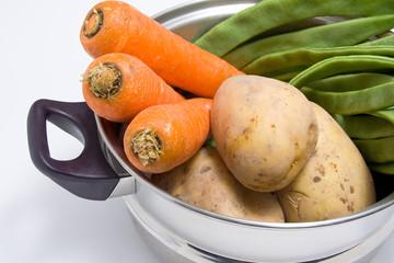 Vegetales en una olla
