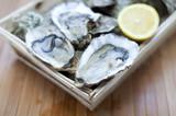 Fototapety petite caisse d'huîtres