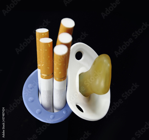 Maternity and cigarette