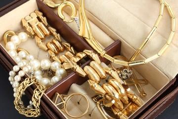 cofanetto con gioielli