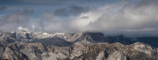 Picos de Europa ,primeras nieves