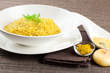 Saffron and curry rice