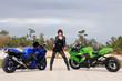 Sexy Frau und Motorrsport