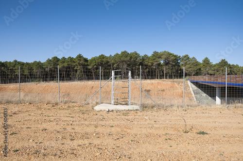 One-way deer gate