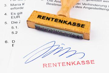 Holzstempel auf Dokument: Rentenkasse