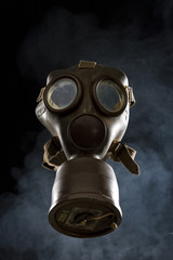 Vintage Gas Mask Ispolated