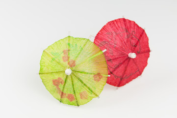 Ombrelles à cocktail verte et rouge
