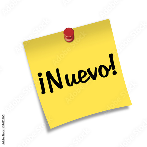 Post-it con chincheta texto ¡Nuevo!