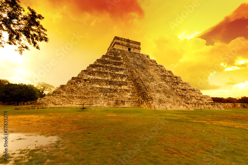 Kukulkan pyramid in Chichen Itza at sunset,  Mexico