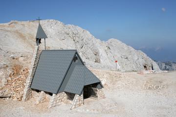 Chiesa d'alta montagna