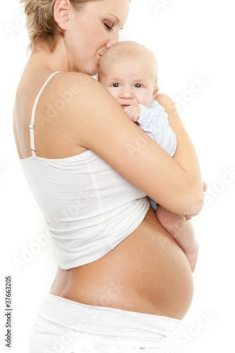 schwangere mit baby