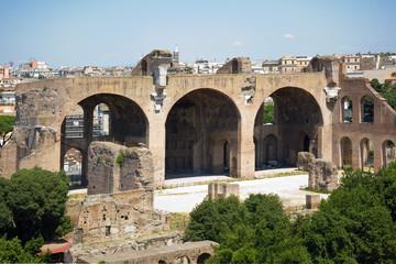roman forum ruins