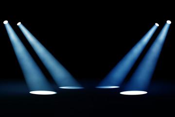 vier blaue Scheinwerfer