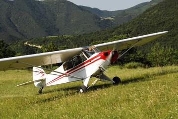 Avion en montagne