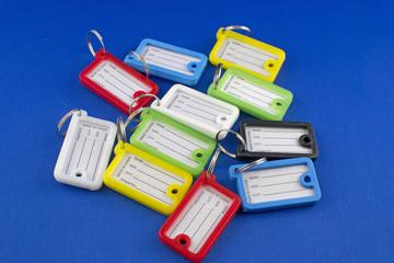 Etichette per chiavi in plastica colorata