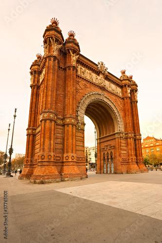 In de dag Barcelona Triumphal Arch in Barcelona, Spain.