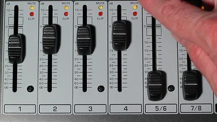 Studio mixer volume 3