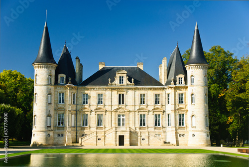 Chateau Pichon Longueville - 37778400